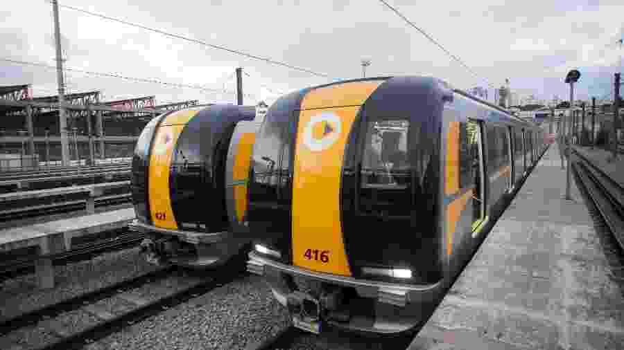 Trens da linha 4-amarela, do metrô de São Paulo - Diego Padgurschi/Folhapress