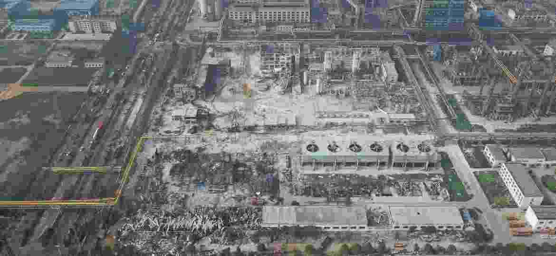 20.jul.2019 - Vista aérea do local da explosão de uma planta de gás, na cidade de Yima, na província de Henan, no centro de China - Feng Dapeng/Xinhua
