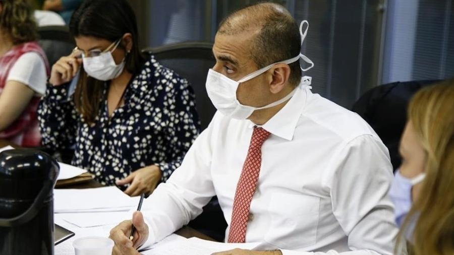 Delação de Edmar Santos, ex-secretário estadual de Saúde do Rio de Janeiro, motivou operação da PF para investigar esquema de propinas envolvendo decisões judiciais - Reprodução/Facebook