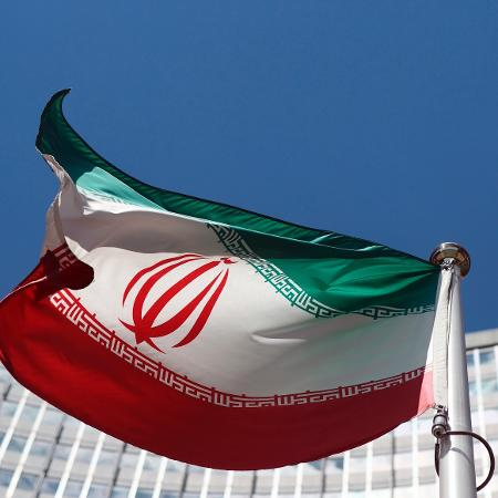 Irã supera oficialmente os dois milhões de casos de coronavírus confirmados no país - Heinz-Peter Bader