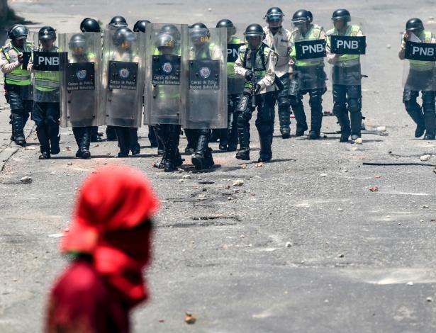 Venezuela confirma morte de jovem durante protestos contra Maduro