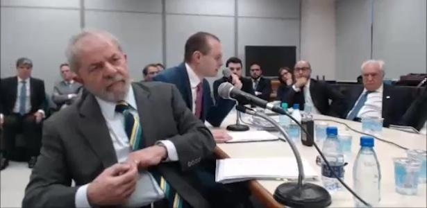 """Lula critica procuradores e diz que sem alianças """"não se ganha eleição"""""""