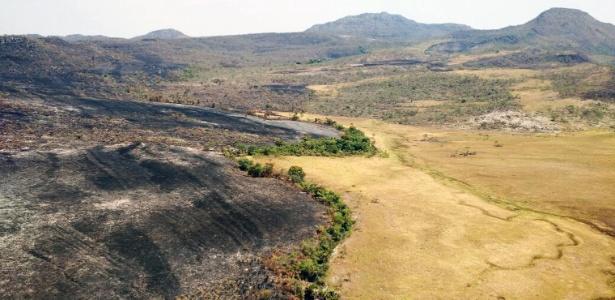 Região da Chapada dos Veadeiros foi atingida por incêndios na semana passada - 25.out.2017 - Fernando Tatagiba/ICMBio