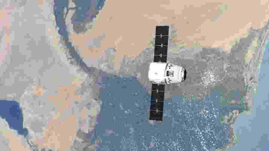 A Space X já conseguiu com sucesso 15 reabastecimentos na Estação Espacial Internacional - Divulgação/NASA