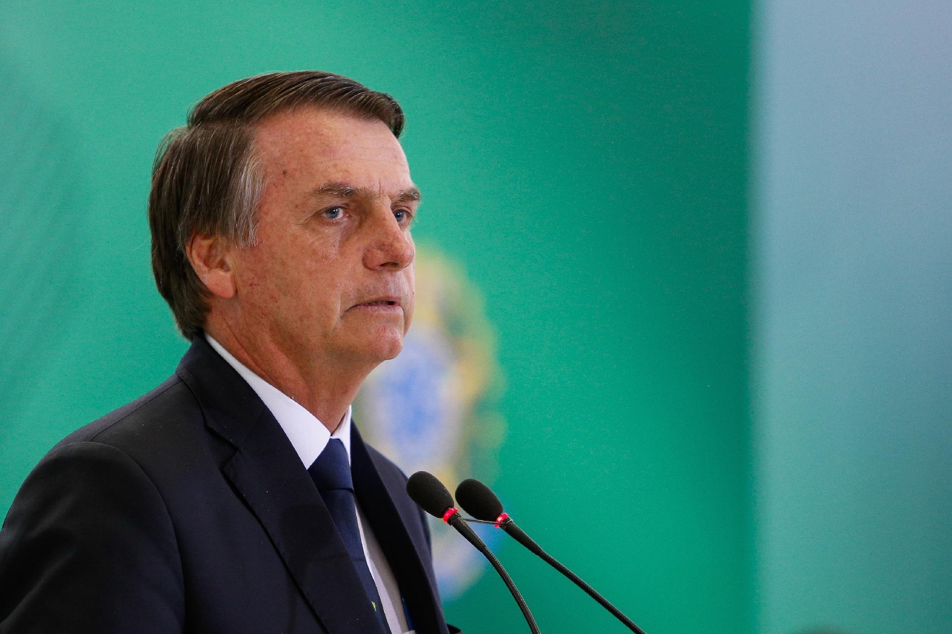 Bolsonaro ganhará principal palco de Davos ao abrir sessão do fórum -  16 01 2019 - UOL Economia 001cc4f972ba8