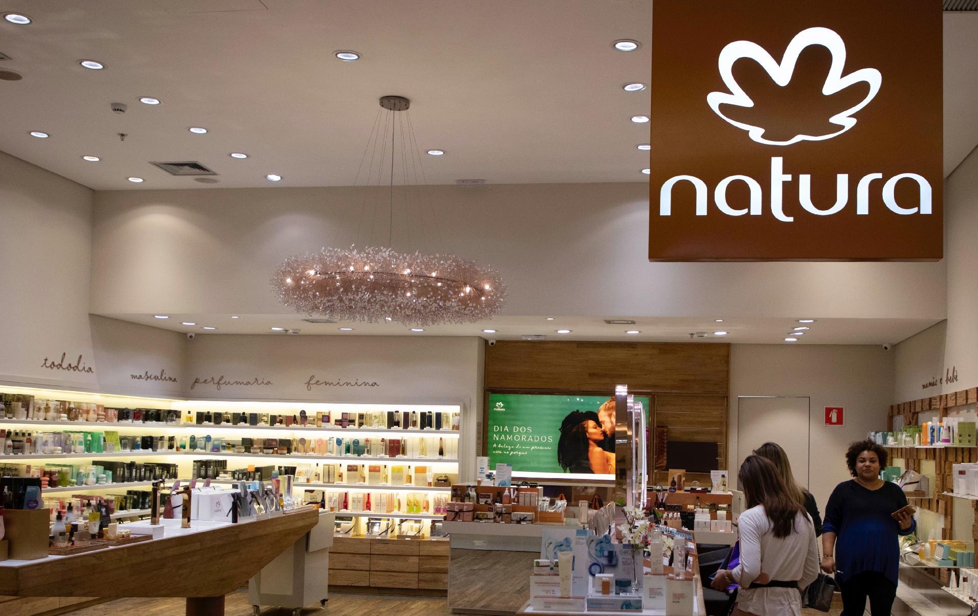 ada8371f90 A história e as estratégias da Natura, empresa brasileira que comprou a  Avon - 23/05/2019 - UOL Economia