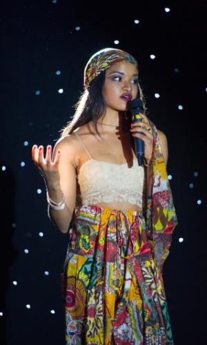 A Miss Nigéria Debbie Collins abusou da mistura de cores em traje para show de talentos. A disputa do Miss Universo 2015 ocorre na noite deste domingo (20), em Las Vegas, nos Estados Unidos