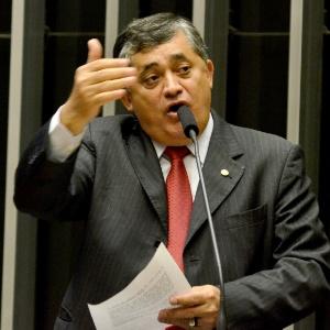 José Guimarães é líder do PT na Câmara