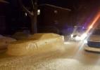 Homem prega peça na polícia com carro feito de neve e leva até multa - Reprodução/Facebook
