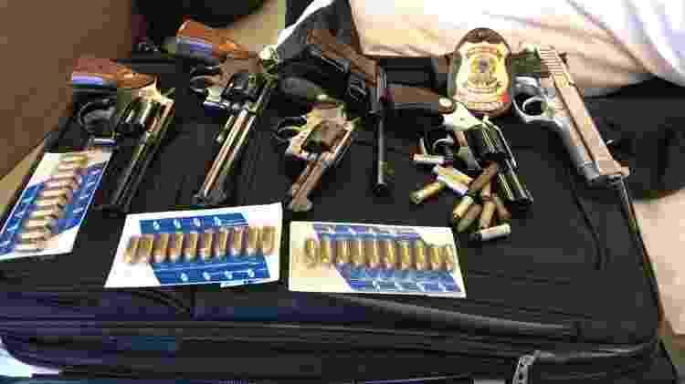 Armas e munição apreendidas pela PF durante cumprimento de mandados de busca - Divulgação/PF