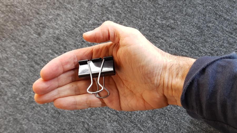 Prendedor de papel: algo muito útil para sua parafernália eletrônica - Márcio Padrão/UOL