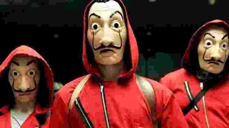 Integrantes mascarados da quadrilha de ladrões de La Casa de Papel, série da Netflix - Divulgação/Netflix
