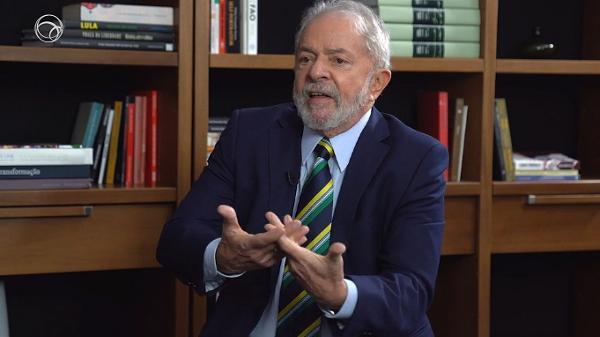 Ex-presidente afirma que nova proposta hoje é resolver os problemas de sempre a apostar no mercado interno - UOL