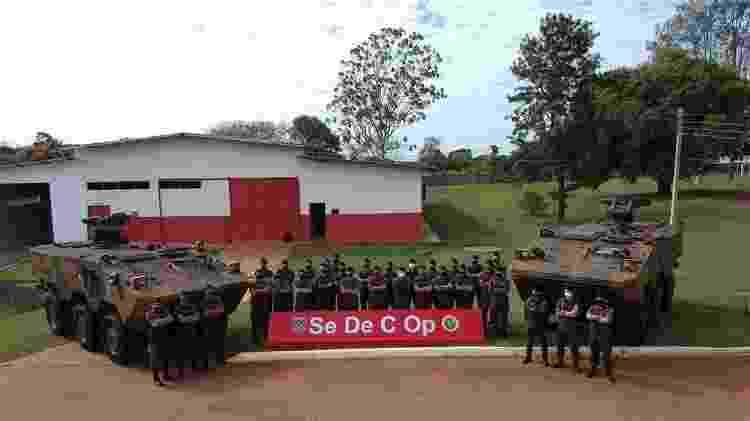 Houve críticas ao Projeto Guarani, veículo blindado que está substituindo os antigos Urutu e Cascavel - 17º RC Mec/ Exército Brasileiro - 17º RC Mec/ Exército Brasileiro