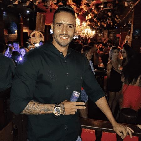 Michael Batista, 29, ex-mister Cuiabá, é acusado de ter atirado em namorada e PM - Reprodução/Redes sociais