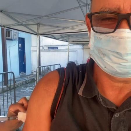 Fabrício Queiroz toma vacina contra a covid-19 no Rio - Arquivo pessoal