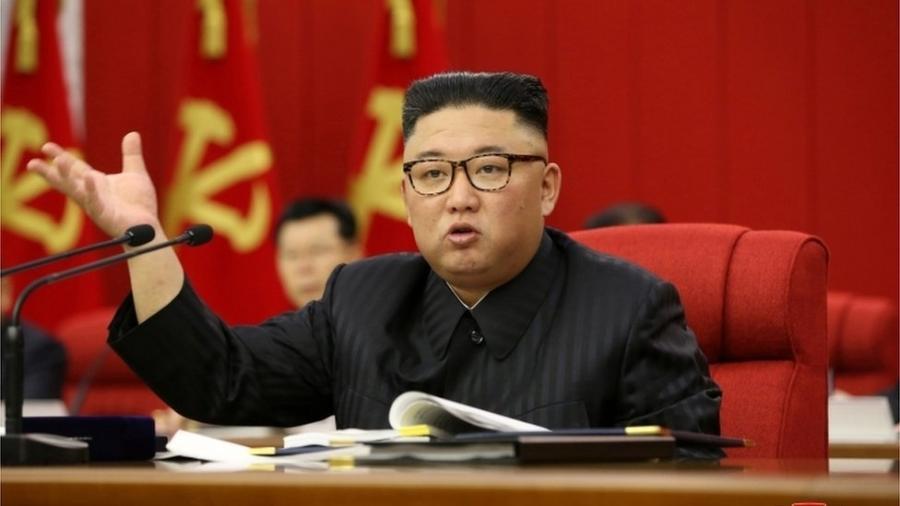 Corpo mais magro de Kim Jong-un gerou mais especulações sobre sua saúde - Reuters