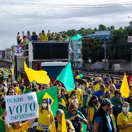 ES - VOTO/IMPRESSO - POLÍTICA - Manifestação pelo voto impresso no Espírito Santo neste domingo (1). - VINICIUS MORAES/ESTADÃO CONTEÚDO