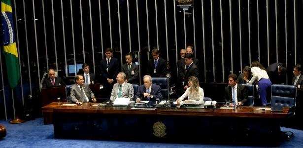 Votação sobre julgamento de Dilma deve ocorrer por volta de meia-noite - Alan Marques/ Folhapress