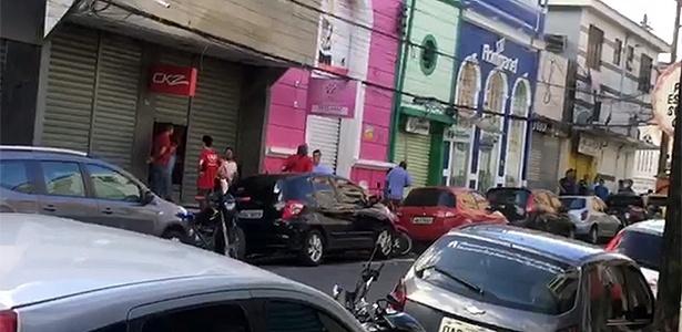 Lojas fecham as portas em Manaus após boato de arrastão