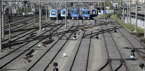 Trens também ficaram parados na estação Constitución, em Buenos Aires (Argentina)