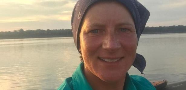 Selfie de Emma no rio Solimões, postada no Twitter três dias antes de seu sumiço