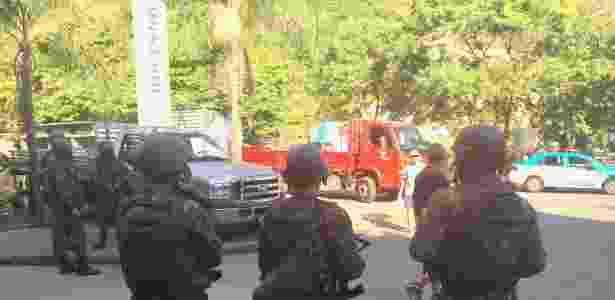 25.jul.2018 - Militares cercam a Rocinha para PM mudar sistema de patrulhamento - UOL
