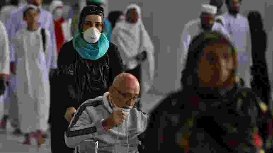 O primeiro caso de covid-19 foi registrado na Arábia Saudita no dia 2 de março - Abdel Ghani Bashir / AFP
