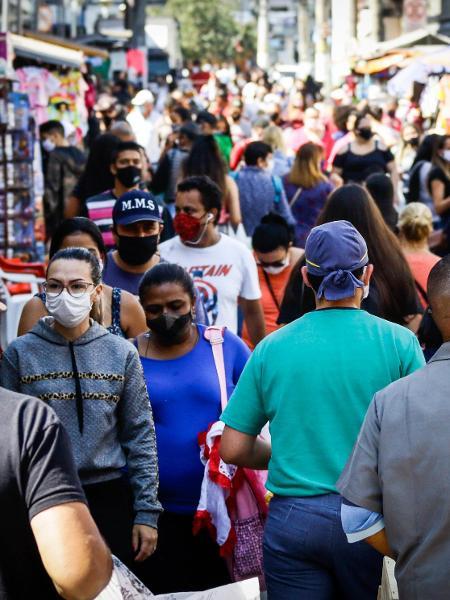 Movimento no comércio de Osasco, na Grande São Paulo, durante a pandemia - ALOISIO MAURICIO/FOTOARENA/FOTOARENA/ESTADÃO CONTEÚDO