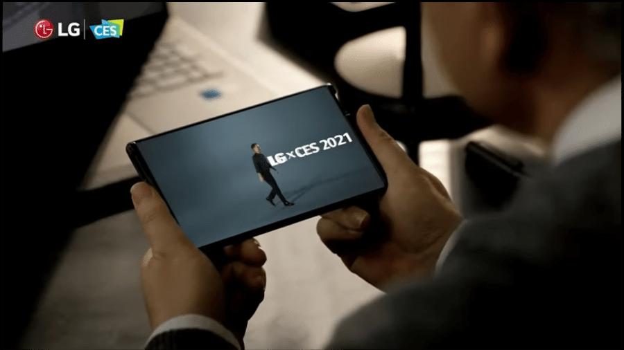 Protótipo do celular LG Rollable, aparelho com tela expansível, foi apresentado durante a CES 2021 - Reprodução