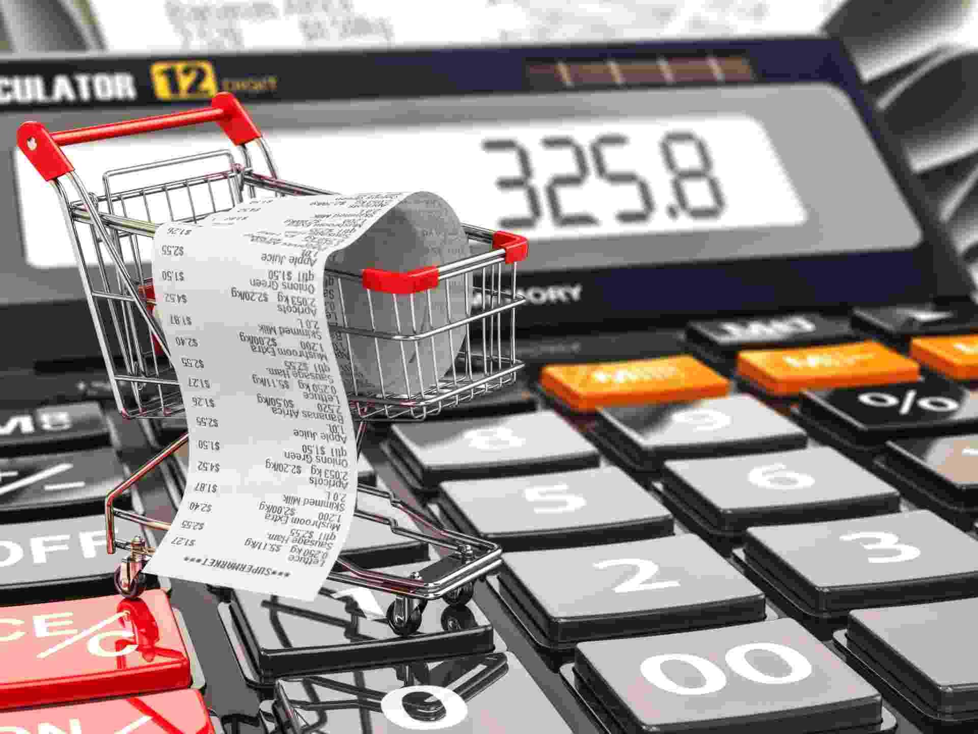 Carrinho de compras, inflação, poder de compra, dinheiro, bolso - Getty Images