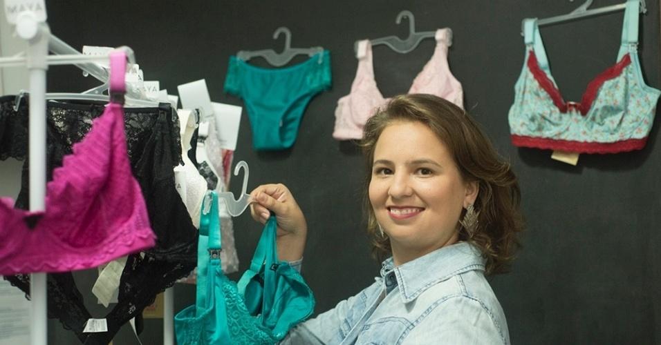 A ex-fotógrafa Natália Pereira criou a marca Maya Lingerie Materna, especializada em lingerie para grávidas