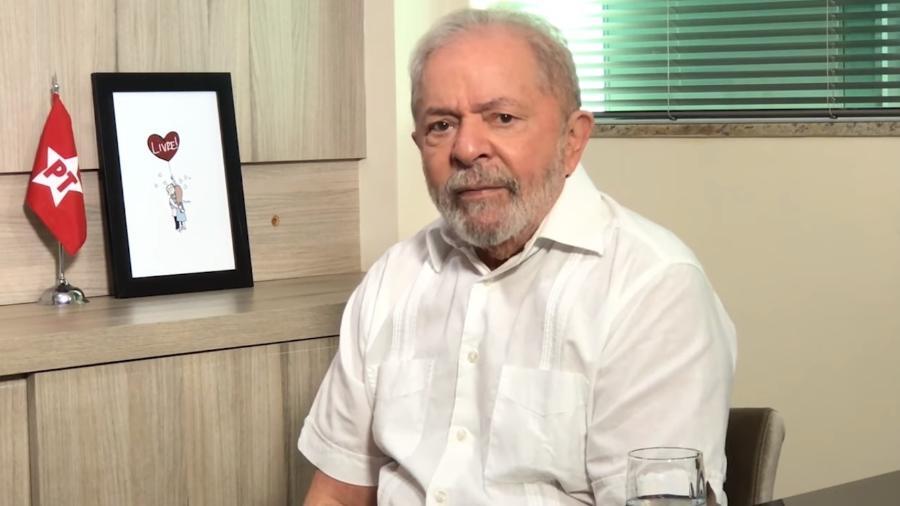 19.jun.2020 - O ex-presidente Luiz Inácio Lula da Silva durante transmissão nas redes sociais - Reprodução/YouTube