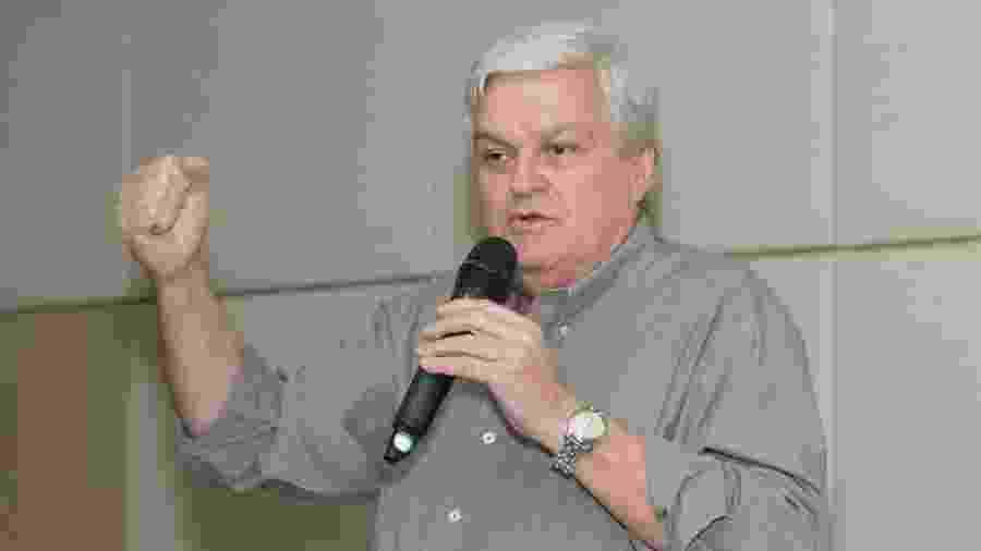 O ex-deputado federal José Mentor (PT), está internado na UTI (Unidade de Terapia Intensiva) do Hospital 9 de Julho em São Paulo, com a covid-19 - Reprodução/Facebook