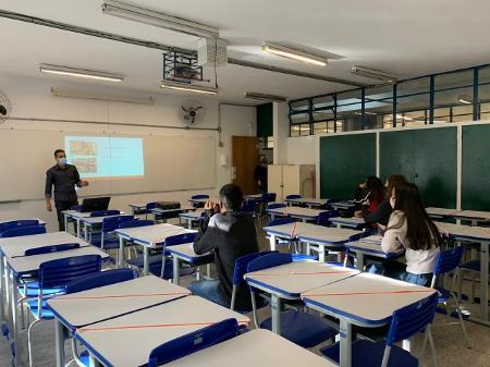 Retorno presencial será obrigatório para alunos da rede estadual e particular do estado de São Paulo - Ana Paula Bimbati/UOL