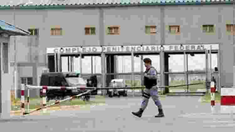 Fachada do Complexo Penitenciário Federal de Ezeiza, na Grande Buenos Aires, onde Orlando Marques dos Santos, 60, o Sarará, está preso - Reprodução - Reprodução