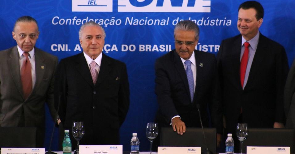 8.jul.2016 - O presidente interino, Michel Temer (PMDB), participa de reunião do Comitê de Líderes da Mobilização Empresarial pela Inovação, na sede da Confederação Nacional da Indústria, em Brasília (DF), ao lado de ministros