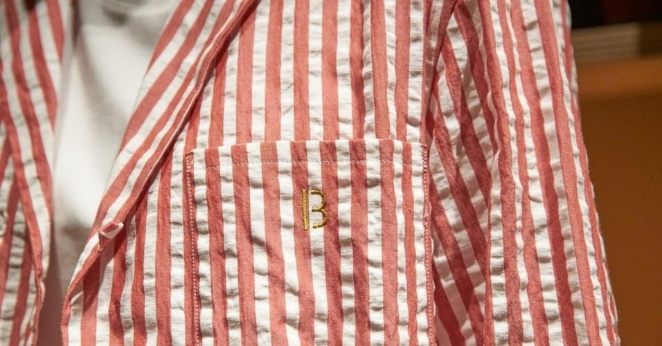 05.set.2016 - O hotel desenvolveu um pijama em parceria com a marca de roupas Nowhaw. As peças, em estilo retrô, listradas em azul ou vermelho e com monogramas em dourado, viraram objeto de desejo