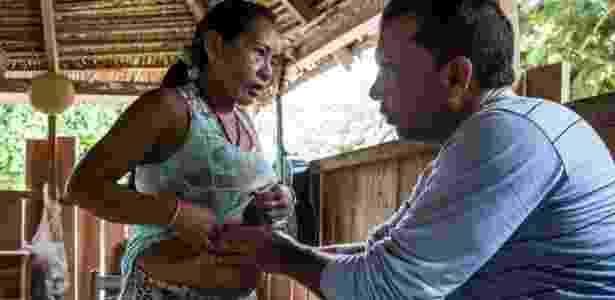 Atendimento do Mais Médicos no rio Muru, em Tarauacá, no Acre - Arison Jardim/ Secom Acre