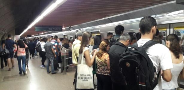 Metroviários chamam Governo de São Paulo de 'irresponsável' - Luciana Quierati/UOL