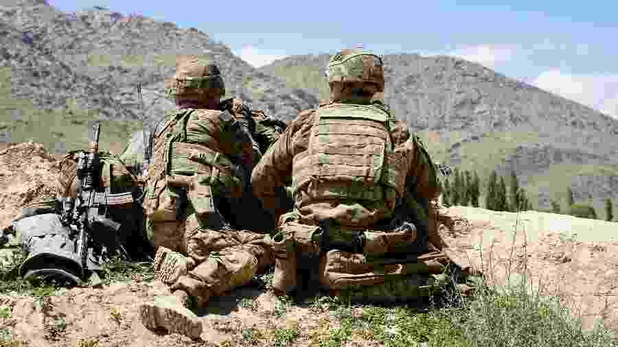 Soldados dos EUA em ofensiva contra o Talibã no Afeganistão - Thomas Watkins/AFP