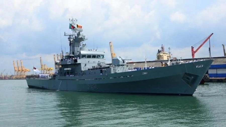 Fragata de Bangladesh que foi atingida por explosão em Beirute, no Líbano - Reprodução
