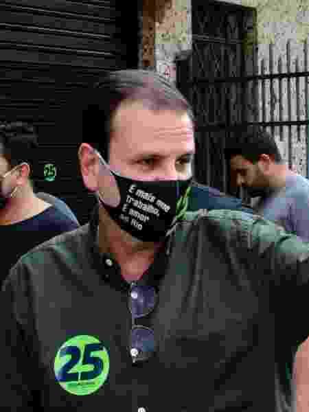 Eduardo Paes (DEM), participa de reunião com comerciantes durante campanha à Prefeitura do Rio de Janeiro - RAMON VELLASCO/ESTADÃO CONTEÚDO