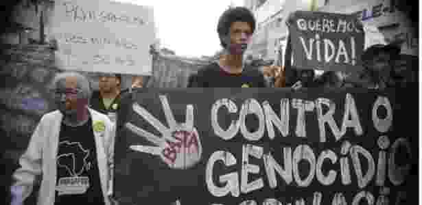 Relatório mostra que 23 mil jovens negros são assassinados por ano - Agência Brasil