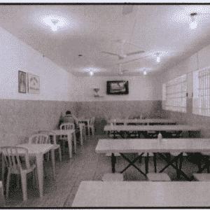 O espaço para refeitório é amplo e com a higiene em dia - Reprodução/MNPCT