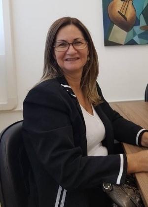 Libânia Aparecida foi presa recebendo envelope com dinheiro da extorsão
