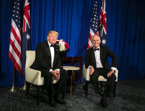 O presidente dos EUA, Donald Trump, encontra-se com o primeiro-ministro australiano, Malcolm Turnbull, em museu em Nova York