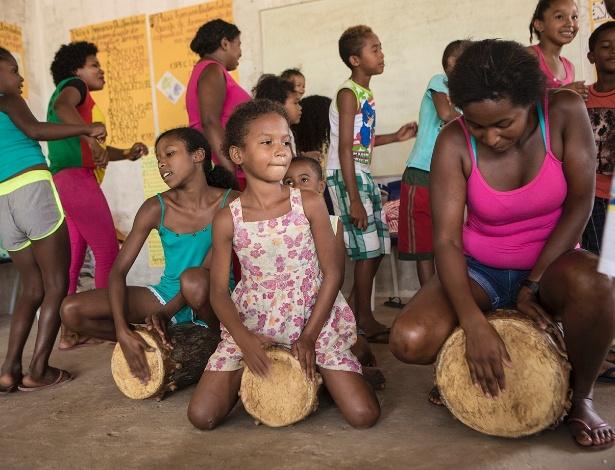 Escola dá aulas de cantos tradicionais quilombolas em Nazaré, em Serrano do Maranhão