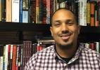 O professor americano que diz que só brancos podem ser racistas - e dá aulas sob escolta policial - BBC