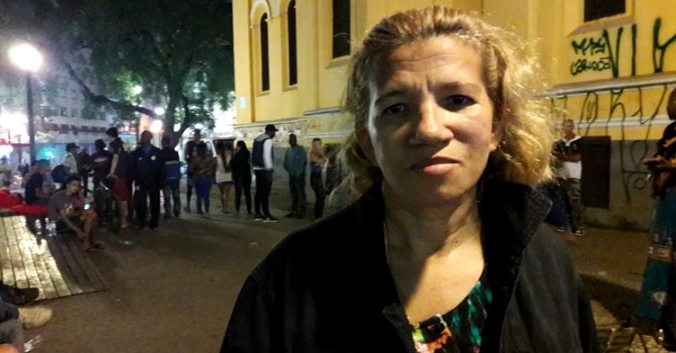1º.abr.2018 - Marinalva Alves Lemos, que morava com o companheiro no prédio que desabou no centro de São Paulo. Ela deixou o prédio com a roupa do corpo